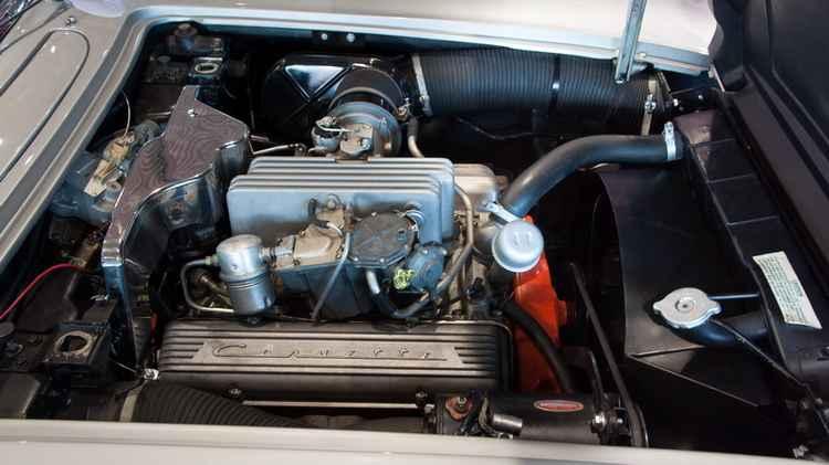 Двигатель Chevrolet Corvette