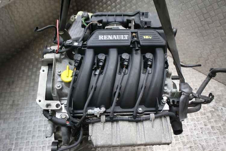 двигатель Рено Меган в снятом виде