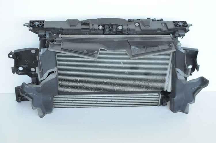 Радиатор системы охлаждения Рено Меган 2