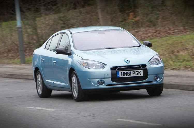 Renault Fluence на дороге