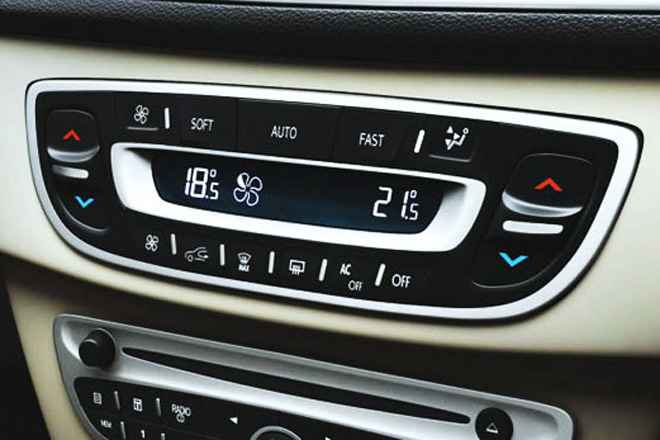 Климат контроль Renault Fluence