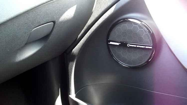 Музыка в Renault Fluence