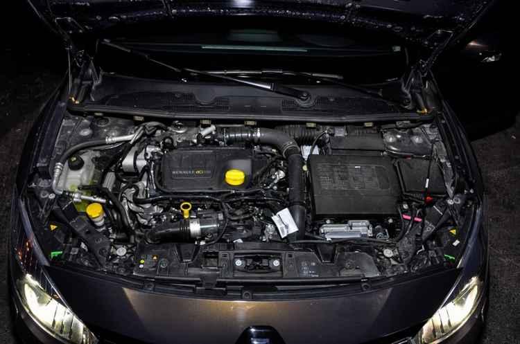 Двигатель K4M Renault