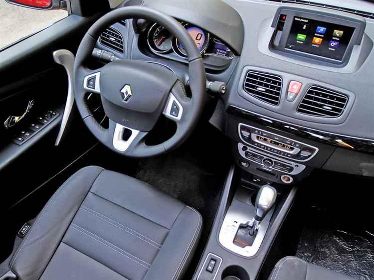 Интерьер Renault Fluence 2015