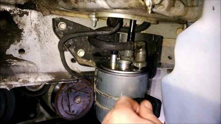 Замена топливного фильтра Renault Fluence