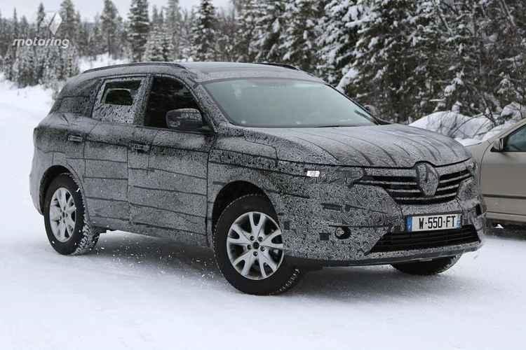 Renault Maxthon вид сбоку