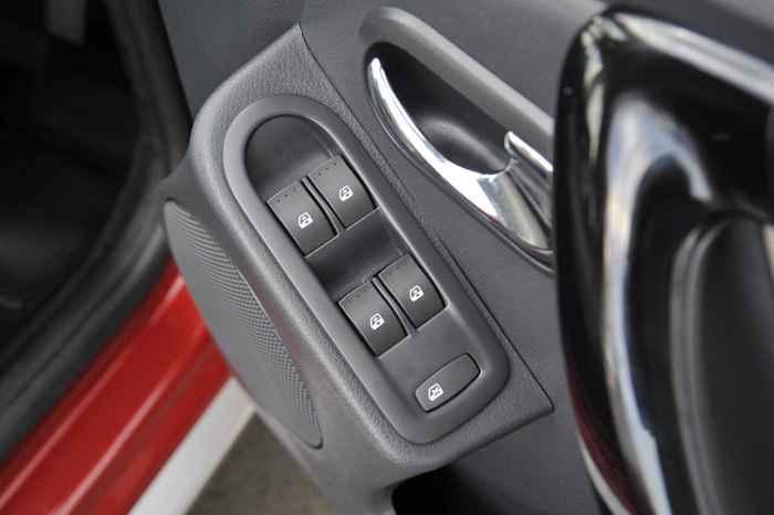 Электростеклоподъемники Renault Duster