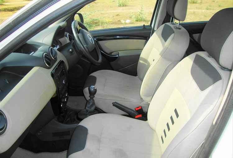 Передние сиденья Renault Duster