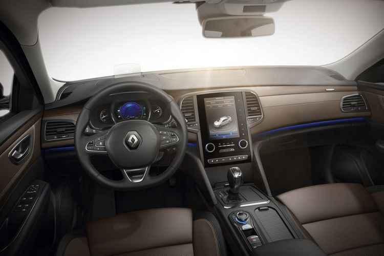 Renault Talisman Estate: водительское место
