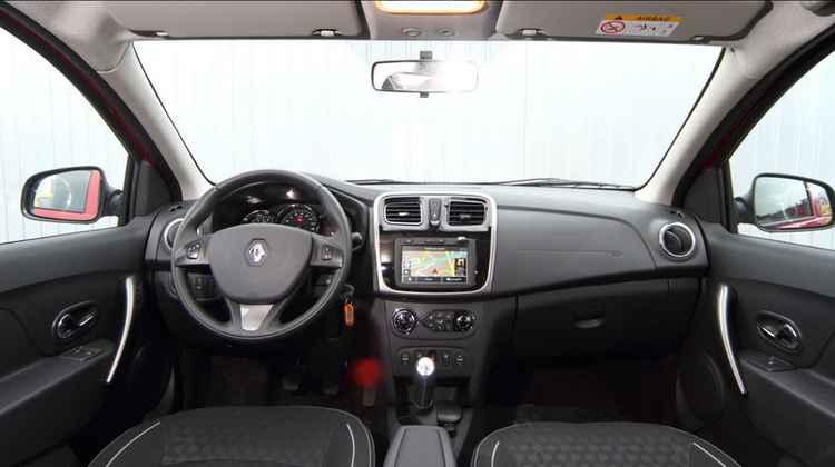 Интерьер Renault Logan MCV