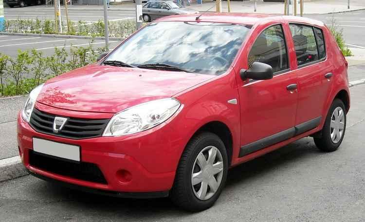 Renault Sandero на стандартных колесах