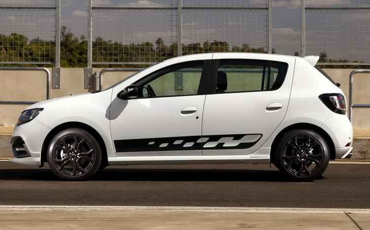 Спортивная версия Renault Sandero с дисками R17