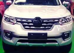 Живое фото Renault Alaskan