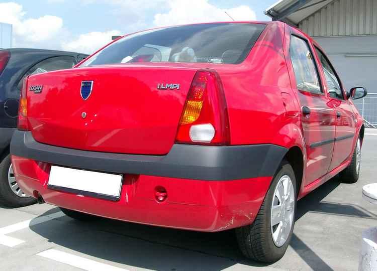 Задние фонари Renault Logan