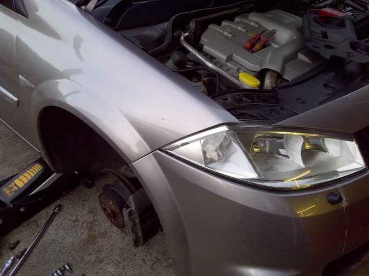 Замена лампочки на Renault Megane
