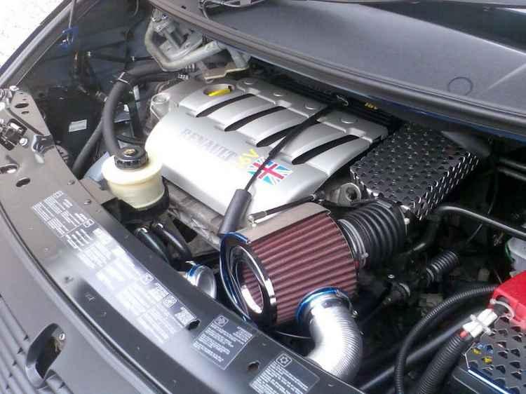 Воздушный фильтр Renault Megane