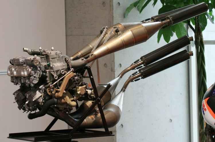 2х тактный двигатель от Хонды