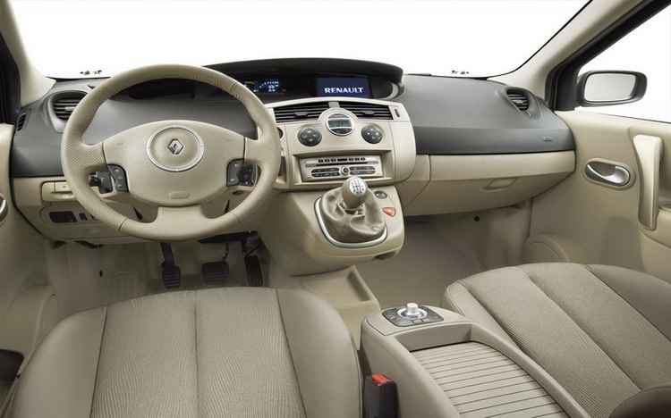 Интерьер Renault Scenic
