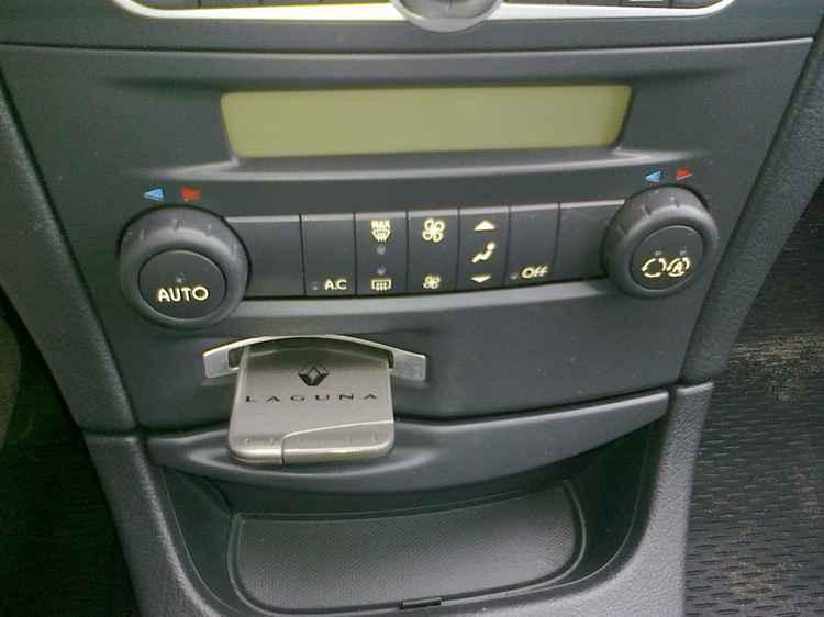 Климат контроль на Renault Laguna