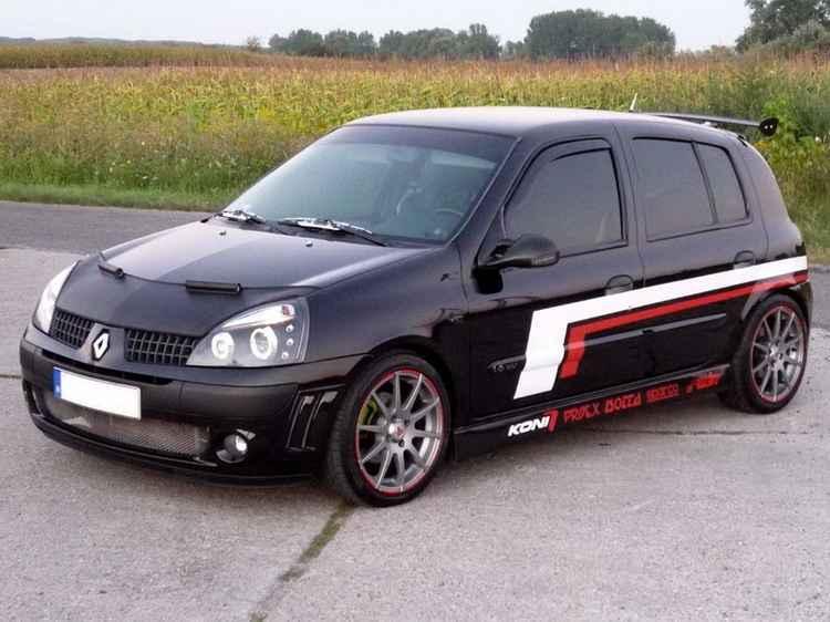 Тюнингованный Renault Clio