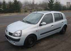 Renault Clio серебристый
