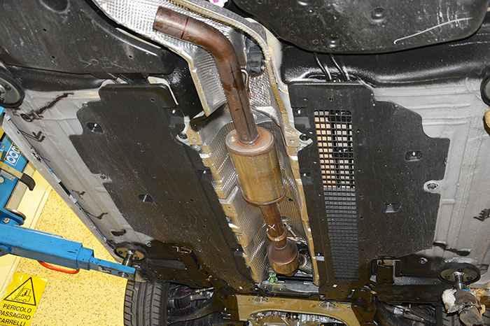 Глушитель на Renault