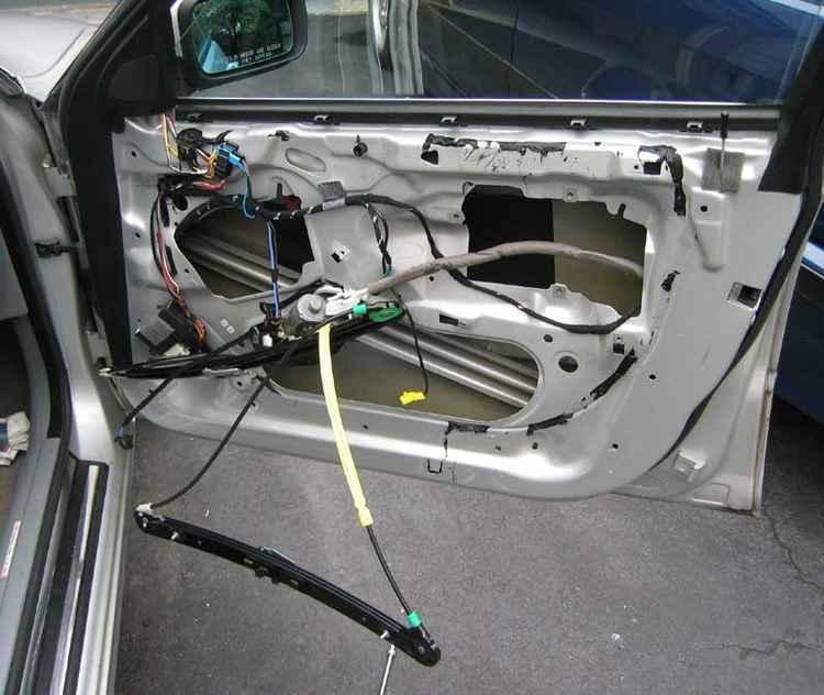 Установка стеклоподъемника на BMW