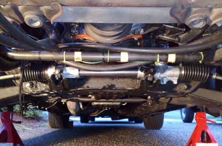 Рулевая рейка на Ford Mustang