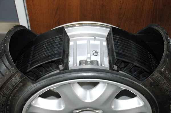 Что из себя представляет шина Run Flat