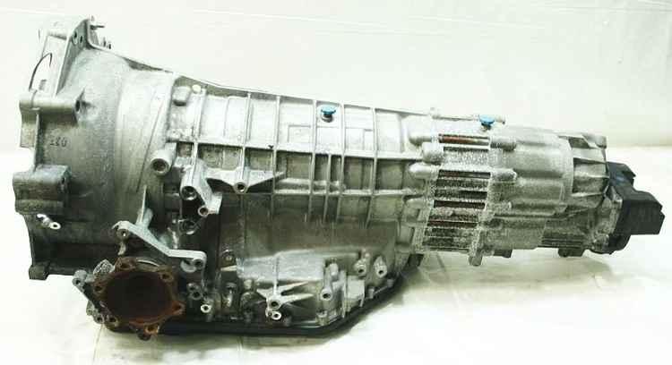 Демонтированная коробка передач с Audi A6 Quattro