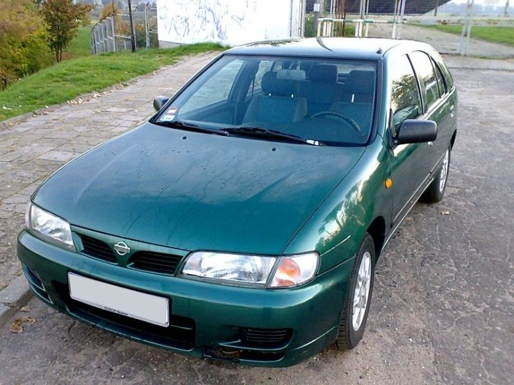 Nissan Almera N15 1998 г.в.