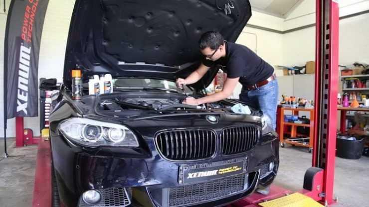 Замена масла в BMW