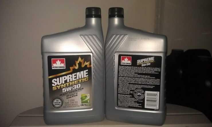 Синтетическое масло Petro Canada