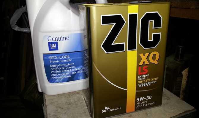 Моторное масло ZIC и GM