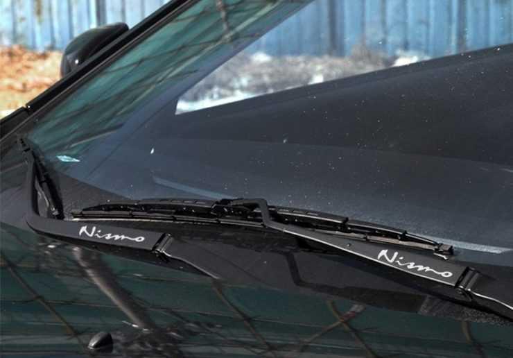 Лобовое стекло Nissan Almera
