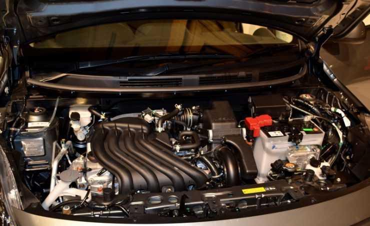 Расположение аккумулятора Nissan Almera