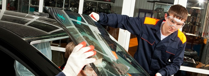 Замена лобового стекла Nissan Almera