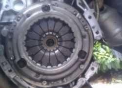 Сцепление на автомобиле Ниссан Кашкай фото