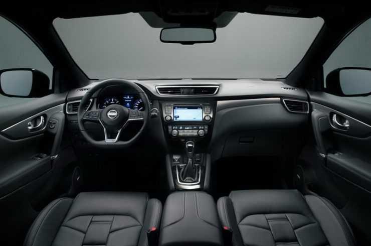Интерьер нового Nissan Qashqai 2017