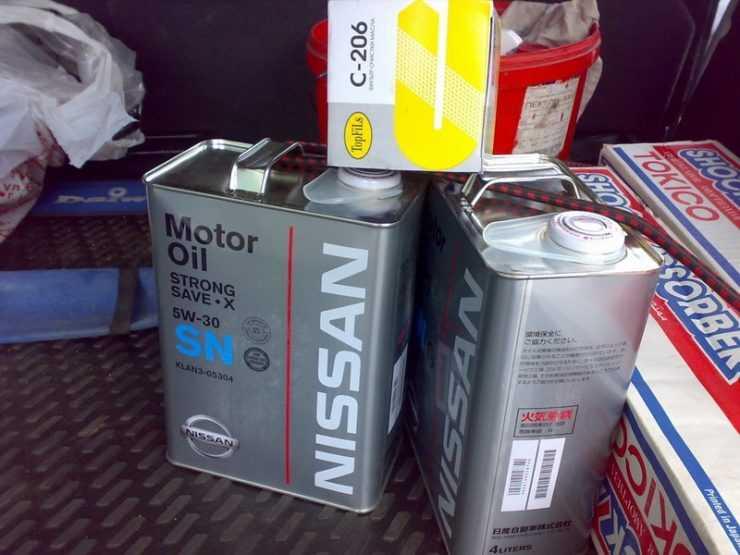 Подготовка к замене масла в двигателе Nissan Qashqai